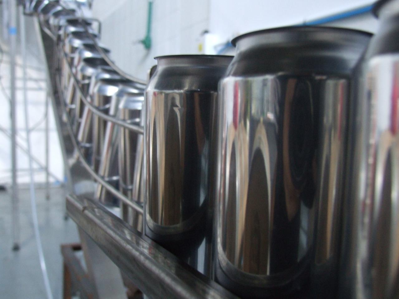 latas Bohemia del Plata